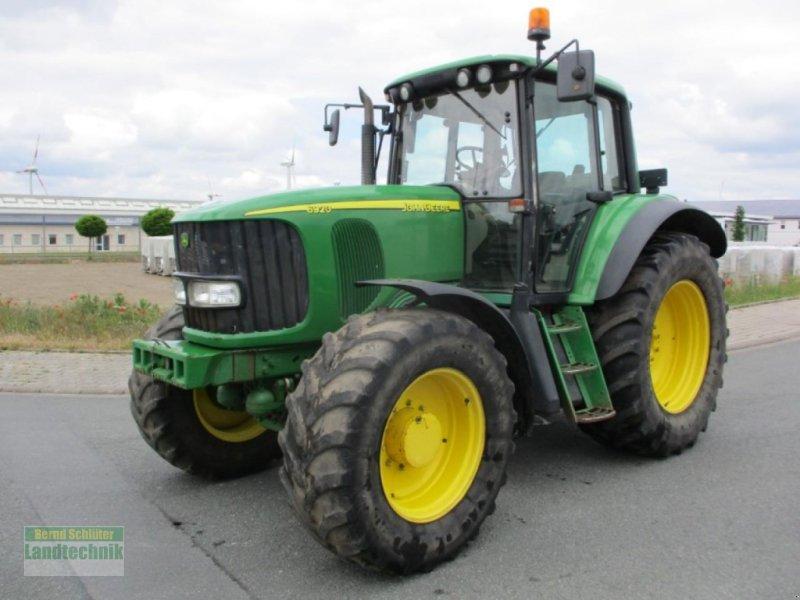 Traktor des Typs John Deere 6920, Gebrauchtmaschine in Büren (Bild 1)