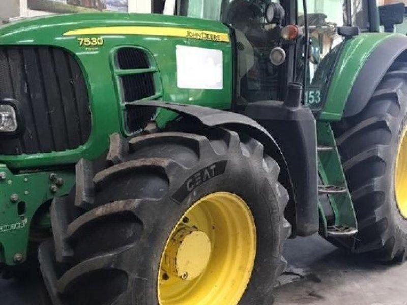 Traktor des Typs John Deere 7000er Serie, Gebrauchtmaschine in Lohe-Rickelshof (Bild 2)