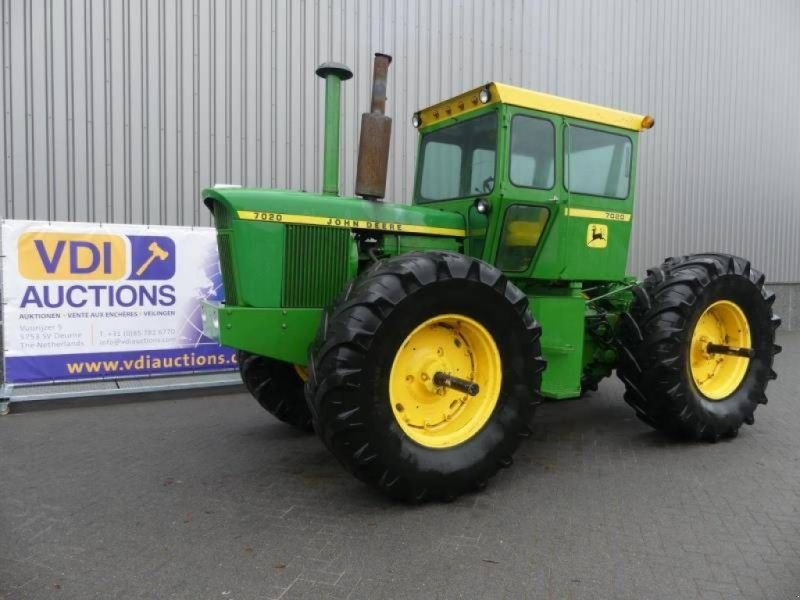 Traktor типа John Deere 7020, Gebrauchtmaschine в Deurne (Фотография 1)
