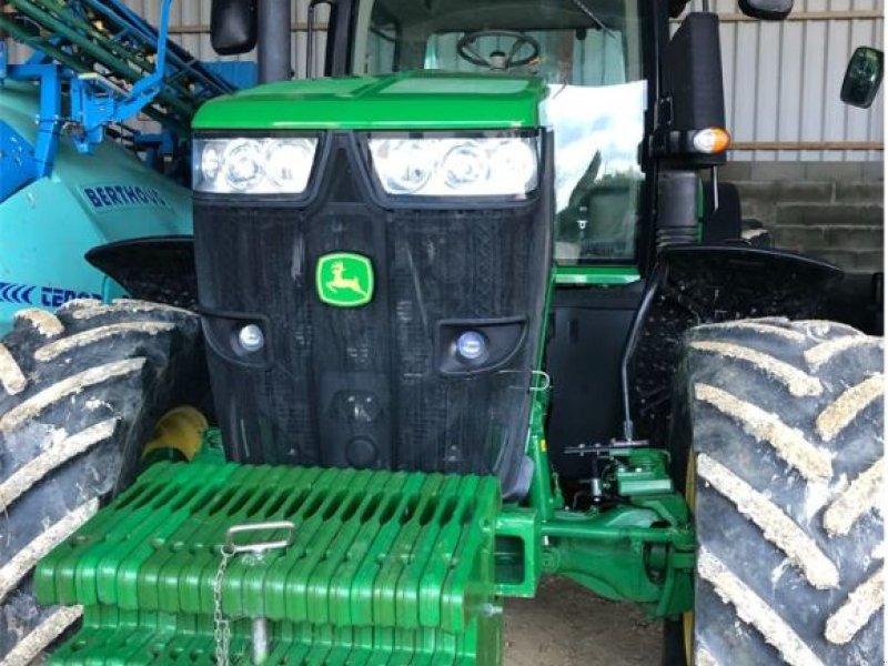 Traktor des Typs John Deere 7200 R, Gebrauchtmaschine in LOMBEZ (Bild 1)
