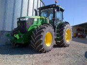 Traktor типа John Deere 7230R, Gebrauchtmaschine в Realmont