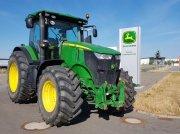 Traktor типа John Deere 7230R, Gebrauchtmaschine в Zweibrücken