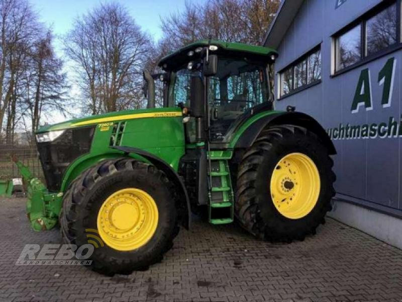 Traktor типа John Deere 7260R ALLRADTRAKTOR, Gebrauchtmaschine в Bordelum (Фотография 1)