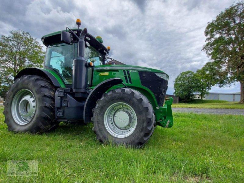 Traktor типа John Deere 7310R, Gebrauchtmaschine в Münchberg (Фотография 1)