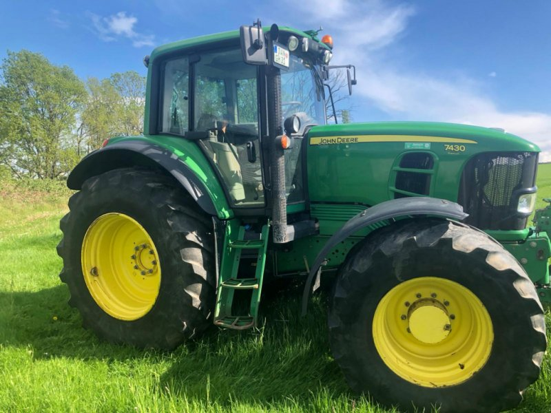 Traktor des Typs John Deere 7430 Premium, Gebrauchtmaschine in Hitzacker (Bild 6)