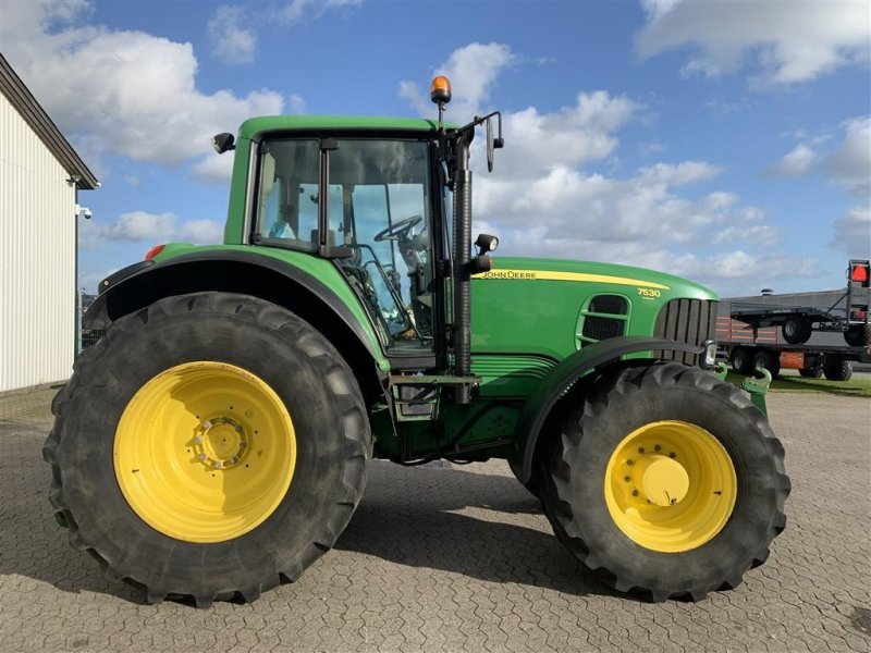 Traktor tip John Deere 7530 TLS Autopower frontlift og pto, Gebrauchtmaschine in Ringe (Poză 1)