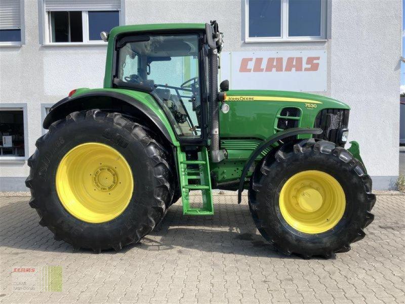 Traktor des Typs John Deere 7530, Gebrauchtmaschine in Aurach (Bild 1)