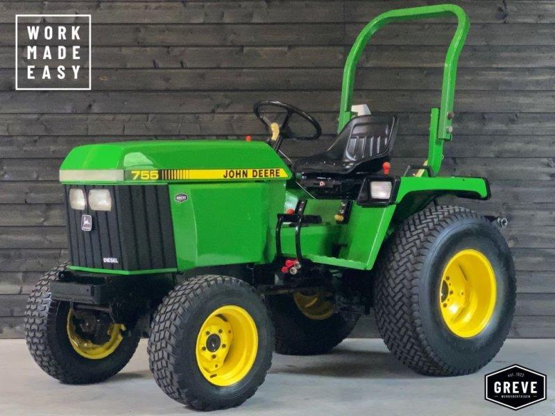 Traktor типа John Deere 755 4-WD Hydrostaat incl. maaidek, Gebrauchtmaschine в Denekamp (Фотография 1)