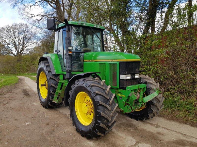 Traktor des Typs John Deere 7600, Gebrauchtmaschine in Honigsee (Bild 1)