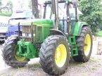 Traktor des Typs John Deere 7700 in Aistersheim