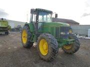 John Deere 7700 Traktor
