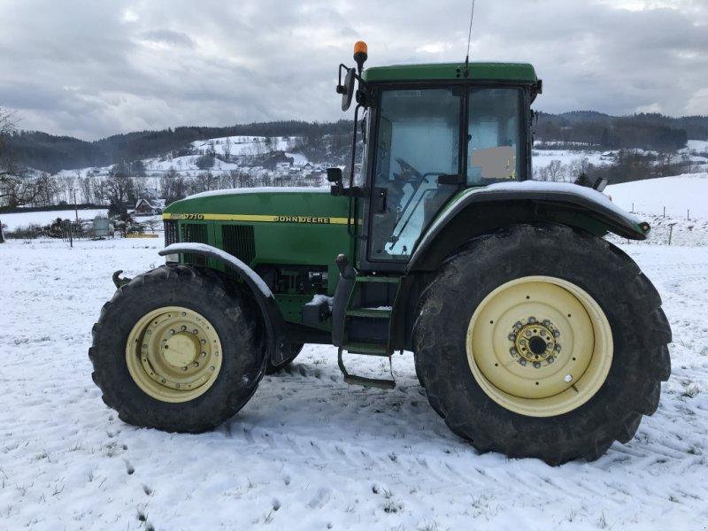 Traktor typu John Deere 7710, Gebrauchtmaschine w Ravensburg (Zdjęcie 1)