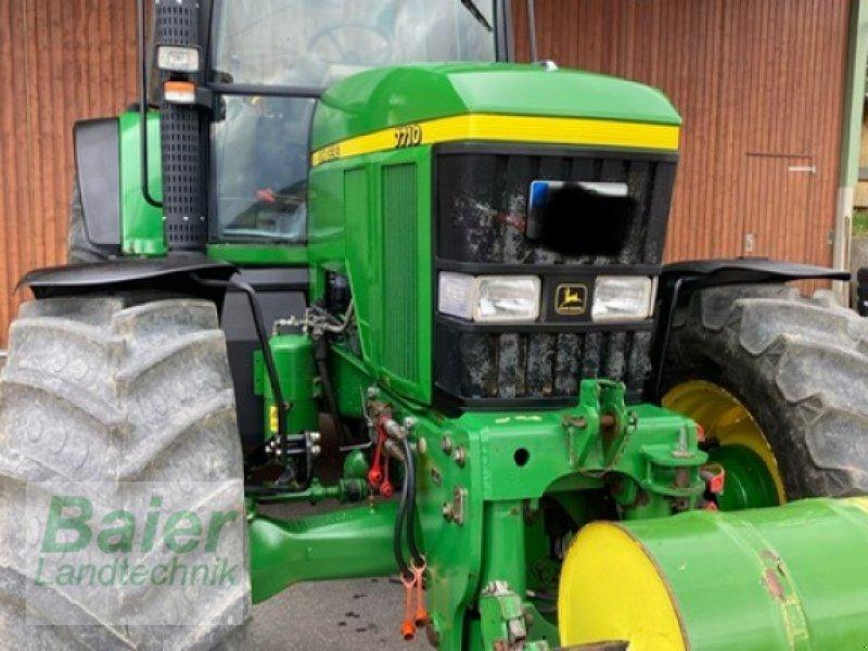 Traktor des Typs John Deere 7710, Gebrauchtmaschine in Hochmössingen (Bild 1)