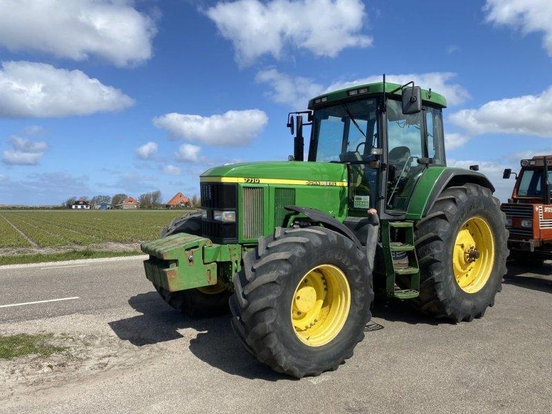 Traktor типа John Deere 7710, Gebrauchtmaschine в Callantsoog (Фотография 1)