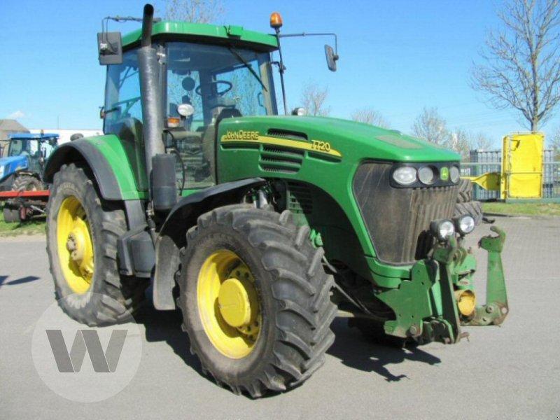 Traktor des Typs John Deere 7720, Gebrauchtmaschine in Bützow (Bild 1)
