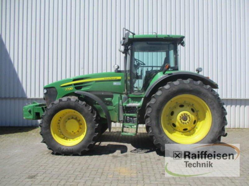 Traktor des Typs John Deere 7730, Gebrauchtmaschine in Holle (Bild 1)