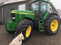 John Deere 7810 TLS FRONTLIFT, VENDEGEAR VED RAT, NYLAKERET Traktor