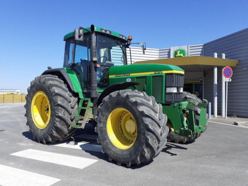 Traktor типа John Deere 7810, Gebrauchtmaschine в NOYANT (Фотография 1)