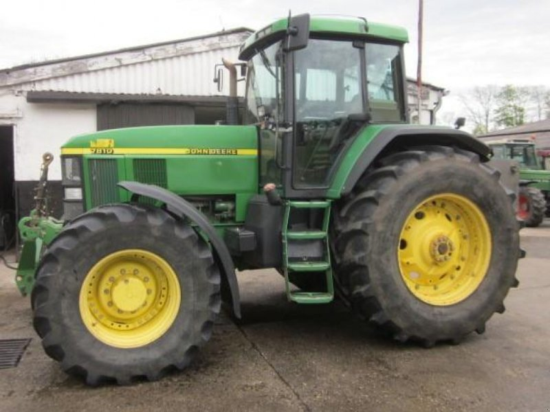 Traktor des Typs John Deere 7810, Gebrauchtmaschine in Ziegenhagen (Bild 1)