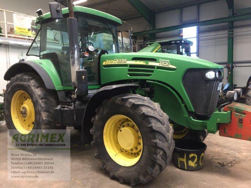 John Deere 7820 Traktor