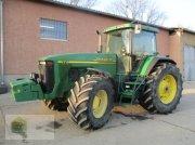Traktor des Typs John Deere 8210, Gebrauchtmaschine in Salsitz