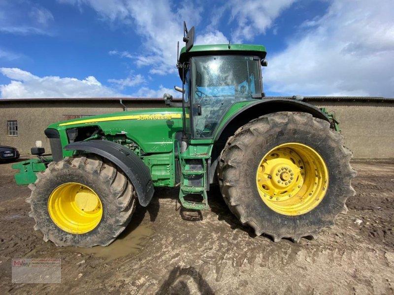 Traktor des Typs John Deere 8220 Powershift, Gebrauchtmaschine in Neubrandenburg (Bild 1)