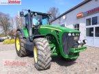 Traktor des Typs John Deere 8230 in Rollwitz