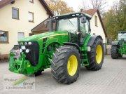 John Deere 8245 R Traktor