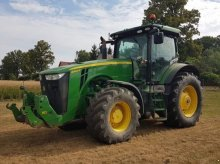 John Deere 8260 R AP Traktor