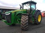 Traktor типа John Deere 8270R, Gebrauchtmaschine в Gueret