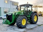 Traktor typu John Deere 8285R w Біла Церква
