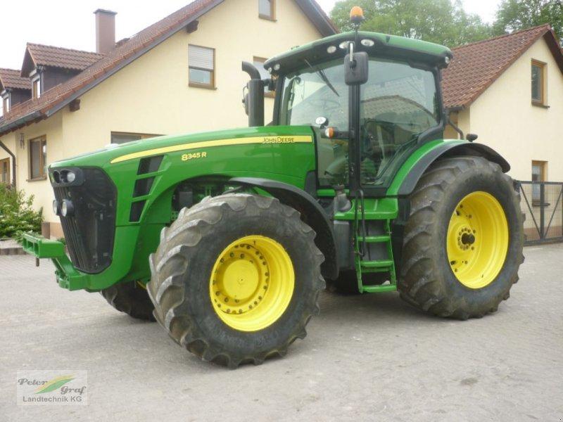 Traktor des Typs John Deere 8295R, Gebrauchtmaschine in Pegnitz-Bronn (Bild 1)
