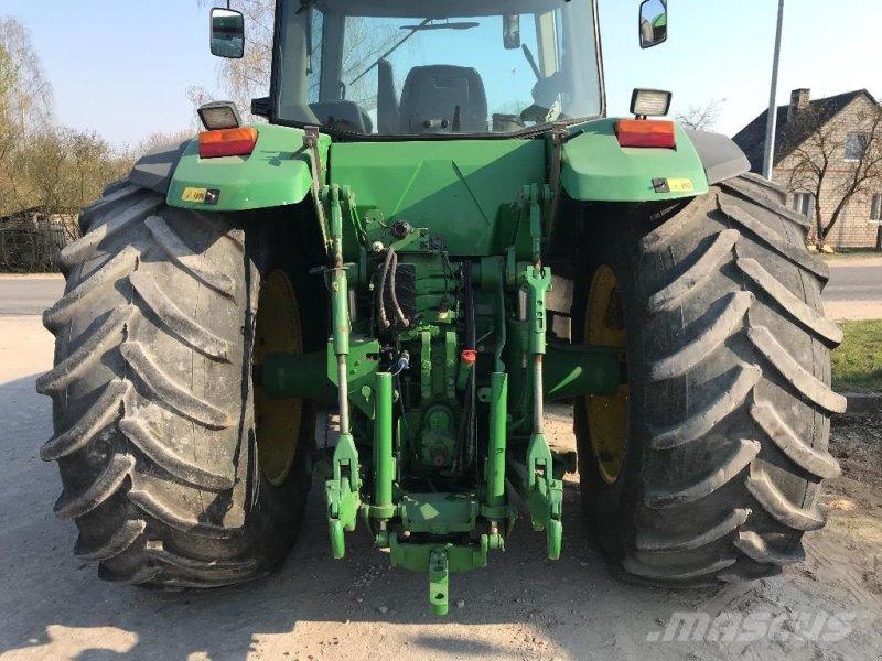Traktor типа John Deere 8300 MED FRONTLIFT, Gebrauchtmaschine в Hobro (Фотография 4)