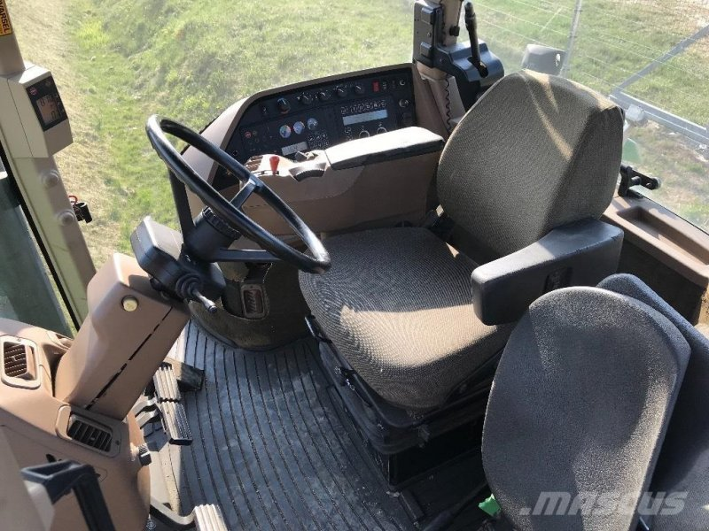 Traktor типа John Deere 8300 MED FRONTLIFT, Gebrauchtmaschine в Hobro (Фотография 6)