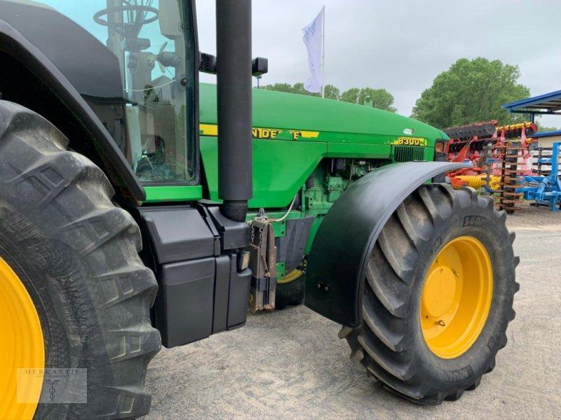 Traktor типа John Deere 8300 PowerShift, Gebrauchtmaschine в Pragsdorf (Фотография 3)