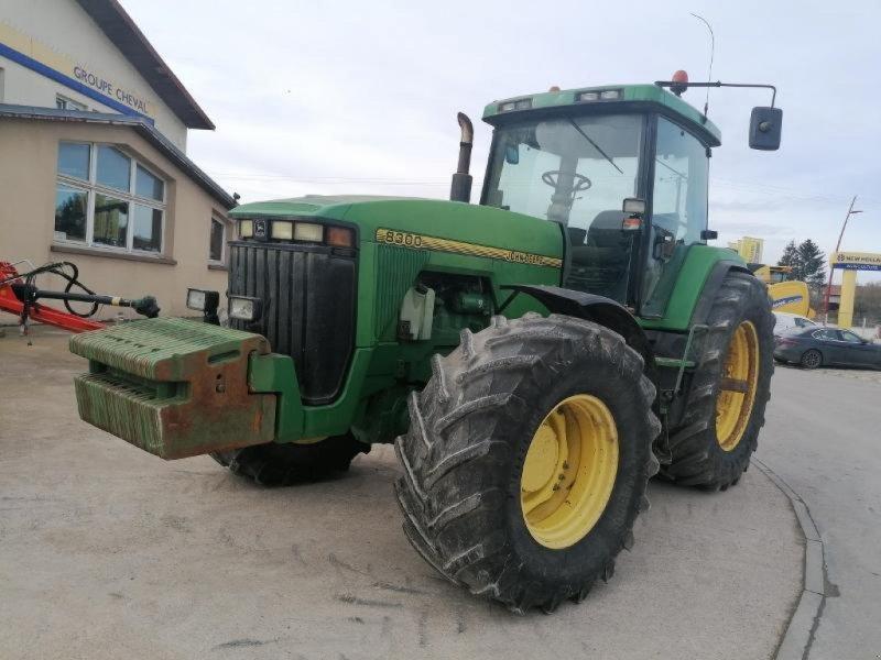 Traktor типа John Deere 8300, Gebrauchtmaschine в Chauvoncourt (Фотография 1)