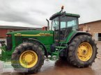 Traktor des Typs John Deere 8310 in Büren