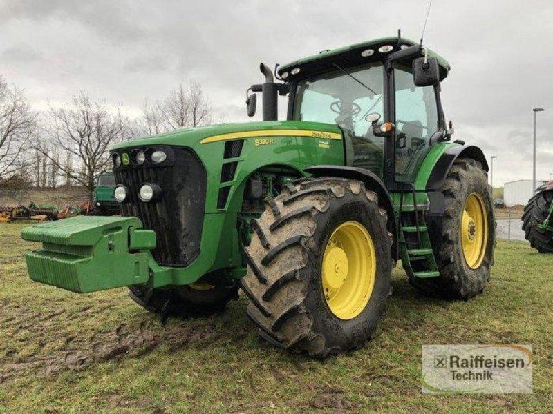 Traktor a típus John Deere 8320 R, Gebrauchtmaschine ekkor: Goldberg (Kép 1)