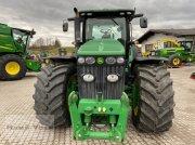 John Deere 8320R Traktor