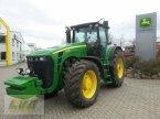 Traktor типа John Deere 8330 в Schenkenberg