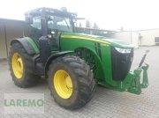 John Deere 8335 R mit PTG Reifendruckregelanlage Traktor