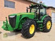 Traktor des Typs John Deere 8335 R *Powr Shift 16/5*, Gebrauchtmaschine in Salsitz