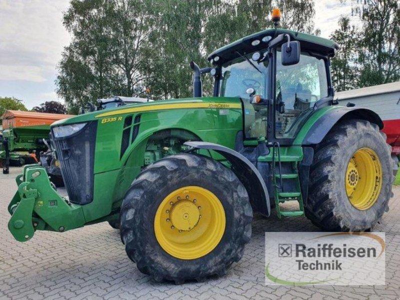 Traktor des Typs John Deere 8335R Auto PowR, Gebrauchtmaschine in Kruckow (Bild 1)