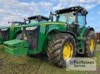 Traktor des Typs John Deere 8335R in Ebeleben