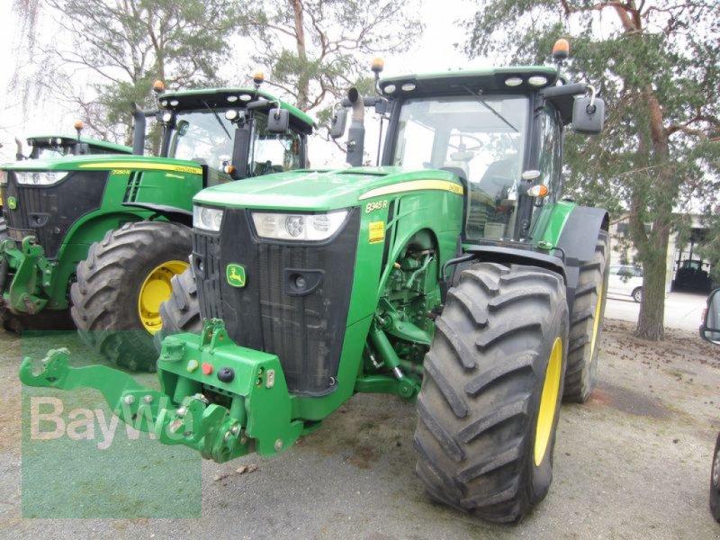 Traktor des Typs John Deere 8345 R, Gebrauchtmaschine in Großweitzschen  (Bild 2)