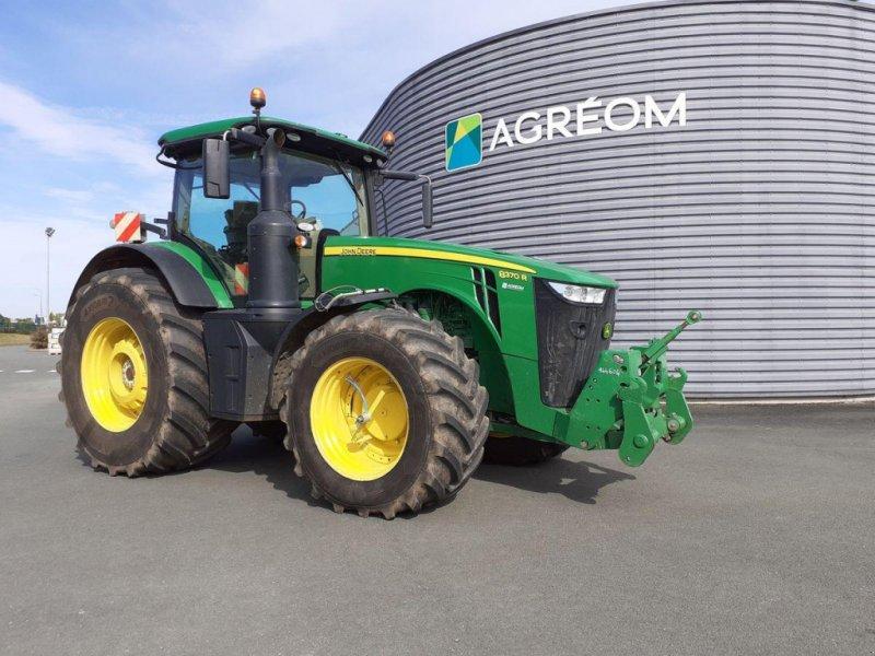Traktor типа John Deere 8370 R APW ATI, Gebrauchtmaschine в BEAUPREAU (Фотография 1)