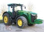 Traktor des Typs John Deere 8370 R in Starkenberg