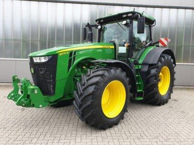Neue & gebrauchte John Deere Traktoren / Landmaschinen bei technikboerse.com