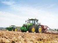 John Deere 8370R Тракторы
