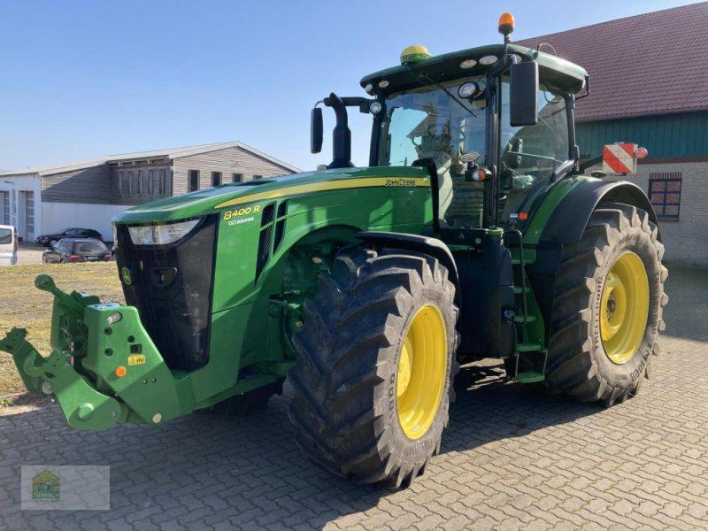 Traktor des Typs John Deere 8400 R, Gebrauchtmaschine in Salsitz (Bild 1)